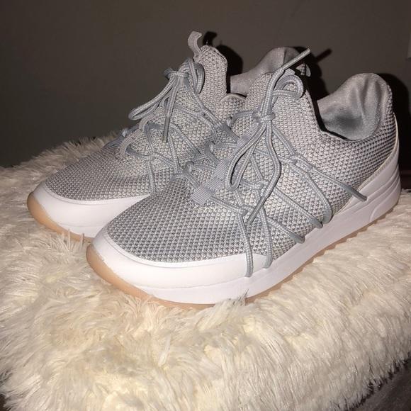 Champion Cushion Fit Tennis Shoes
